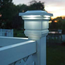 A Guide To Solar Lamp Post Lights And Other Great Landscape Lighting Ideas.